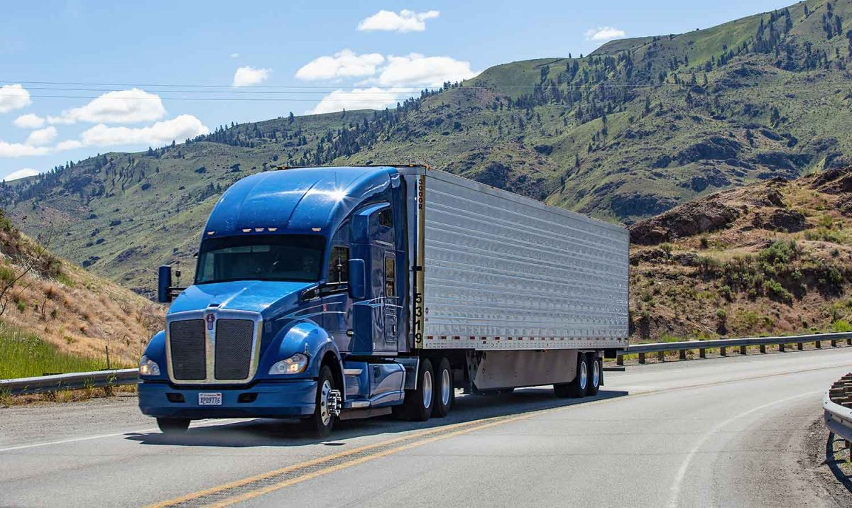 Reasons to Attend Truck Driving School